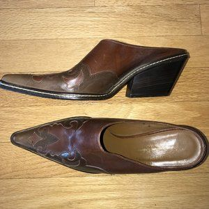 Donald J. Pilner Jasa Western Couture Mules SZ 8N